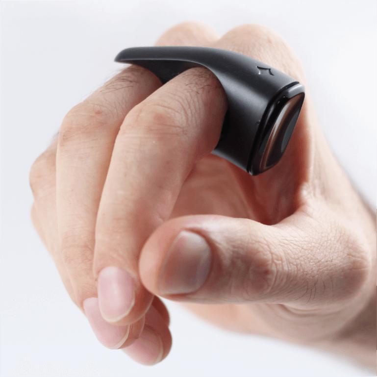 Bezoekers kunnen hier met een touwtje aanduiden in welke verenigingen zij zitten.
